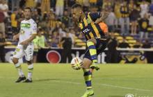 Jarlan Barrera, convocado para duelo Rosario-Boca por la Supercopa de Argentina