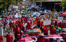Trabajadores exigieron mejores condiciones laborales