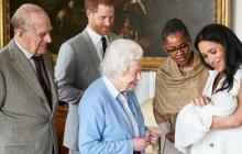 Archie, el hijo del príncipe Harry, no tendría título real, según medios británicos