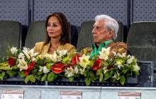 El escritor Mario Vargas Llosa e Isabel Presley.