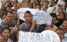 En video   Indignación y dolor en sepelio de la pequeña María José