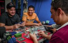 Encuentro de aficionados al juego de cartas 'Magic: el encuentro', en Barranquila.