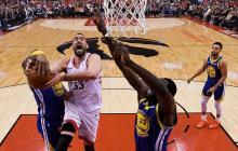 Warriors destrozan a Raptors en tercer cuarto e igualan 1-1 Final de NBA