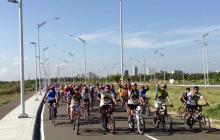 Pedaleando por el bienestar en el día de la bicicleta