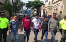 En video | Capturan a 37 personas por aprovechamiento ilícito en préstamos 'gota a gota'