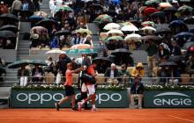 Novak Djokovic y Dominic Thiem quedó aplazada a este sábado por la lluvia.