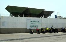 Fachada del muelle de Monómeros en el sector de la vía 40 de Barranquilla.