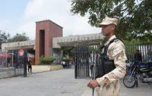 Presencia de bomba obliga a evacuar UA; Policía hizo estallar el artefacto