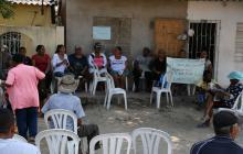 Habitantes de La Chinita frenan obras de acceso al puente Pumarejo