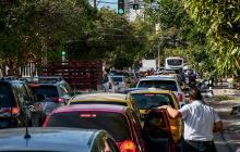 Quejas por atascos en las vías de la ciudad por obras de reparcheo