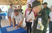 Pimpineros reunidos con las autoridades de La Guajira.