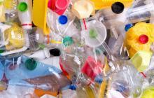 Aeropuerto de San Francisco prohibirá botellas de plástico