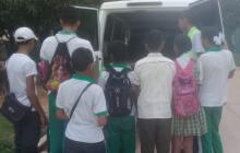 Algunos de los 15 estudiantes secuestrados en Tomarrazón, cerca de Riohacha