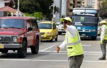 Tránsito anuncia cierre de vías para este viernes debido a marcha por el clima