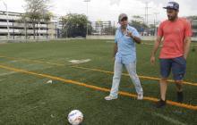 Alex Char y Sebastián Viera durante la visita de inspección.