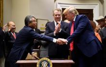 EEUU y Japón firman acuerdos en agricultura y comercio digital