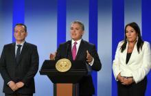 El presidente Iván Duque junto a la directora de Prosperidad Social, Susana Correa y el director de la Unidad de Víctimas Ramón Márquez.