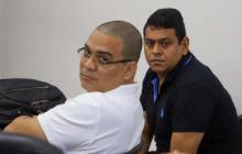 Roger Hernández Martínez (derecha) durante una audiencia el pasado mes de julio.
