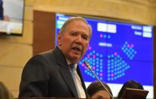 Esta tarde definiré si se vota o no la moción de censura contra Botero: presidente del Congreso