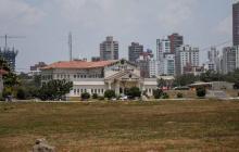 Vista del terreno donde está el batallón Paraíso y donde se prevé el proyecto urbanístico.