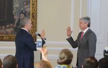El presidente Duque posesiona a Jaime Amín como embajador de Colombia en Emiratos Árabes.