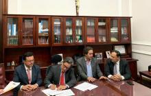Alberto Carrasquilla, ministro de Hacienda, cuando radicó el proyecto.