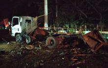 En video | Reportan tres policías muertos y siete heridos por carro bomba en Cauca