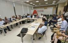 Docentes y trabajadores de UA abogan por diálogos para superar cese de actividades