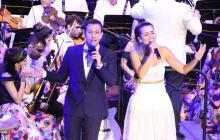 Nicolás Tovar interpreta con Margarita Doria el tema 'Mi Vieja Barranquilla'.