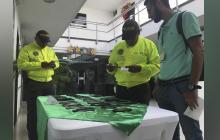Policía del Atlántico hace 'entregatón' de celulares recuperados