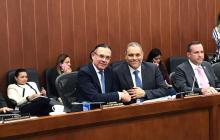 El senador Efraín Cepeda, autor de la iniciativa, junto a el ponente del Proyecto de Ley, José David Name.