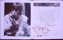 Las icónicas gafas redondas de John Lennon, vendidas por 183.000 dólares