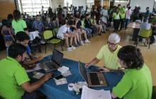 Un 80% de los chilenos apoya cambio de Constitución en consulta municipal
