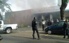 Al menos diez presos mueren en enfrentamientos en calabozo en Venezuela