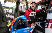 Fernando Alonso se roba los focos en el Dakar
