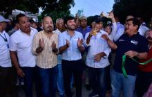 Alcalde Pumarejo entrega dos nuevas calles pavimentadas en La Unión