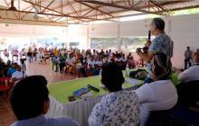 El alcalde William Dau reunido con las comunidades de Barú, Santa Ana. Ararca y Playa Blanca.