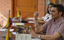 """""""Contratistas, a cumplir"""": el llamado de diputado de Sucre"""