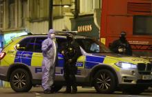 La policía forense británica acordona el lugar.