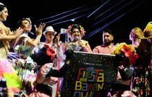 Carnaval Gay izó su bandera en un Bando por la cultura y la unidad