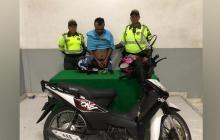 En video | Se estrellaron con un carro huyendo de la Policía