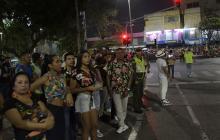 Baches, espuma y desordenes, las quejas presentes en el desfile