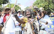 La Sollá, personaje de Emiliana Villar Palacio, fue una de las que presidió el desfile.