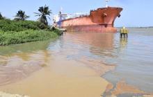 """""""Fue un vertimiento involuntario"""": empresa responsable de derrame en el Río"""