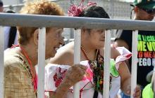 Gladis y Ladis se gozan el Carnaval sin importar la edad y la discapacidad