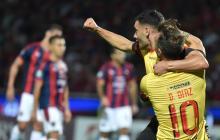Barcelona y 'el Loco' Álvez, rivales de Junior en la Libertadores