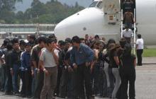 EEUU suspende temporalmente deportación de salvadoreños por coronavirus