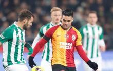 El fútbol turco se para al fin por el coronavirus; sólo Australia resiste