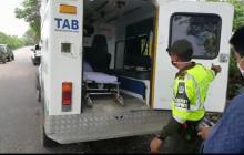 Ambulancia que transportaba pasajeros.