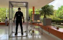 En video | 'Cobatina': la cabina de desinfección que funciona con energía solar en La Guajira